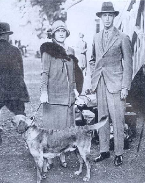 """King George V1 and Queen Elizabeth with their dark yellow Labrador in the 1920's"""